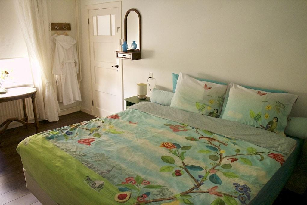 Fijn gastenkamer bij bed en breakfast Millingen aan de Rijn